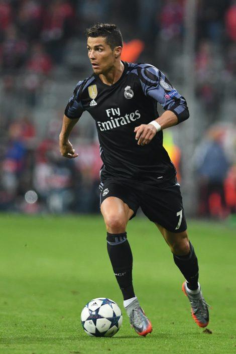 Fussball, Fußball, Soccer, Sport, sports, Real Madrid, UEFA Champions League, Spieler, Einzelaktion, am Ball, Weltfussballer, Weltfußballer