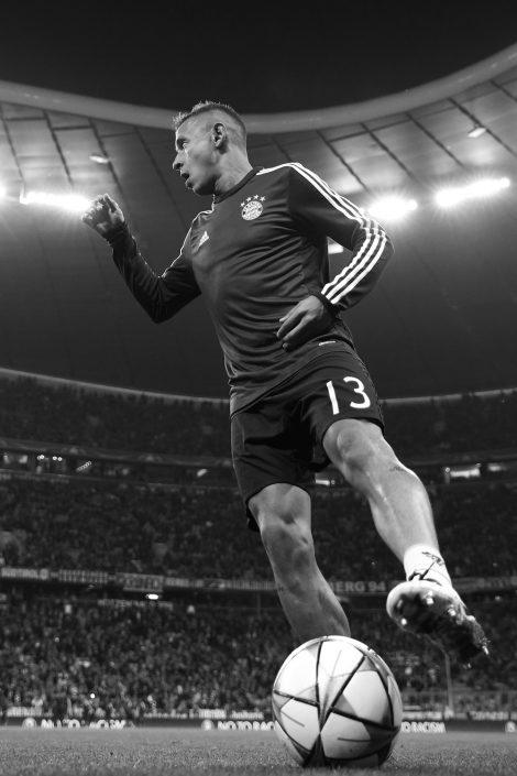 Fussball, Fußball, Soccer, Sport, sports, FC Bayern München, Einzelaktion, am Ball, Spieler, Player, Vorbereitung, UEFA Champions League, Action, Aktion